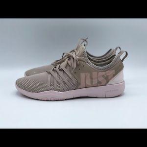 Nike Shoes - Nike Free TR 7 Premium Training Shoes